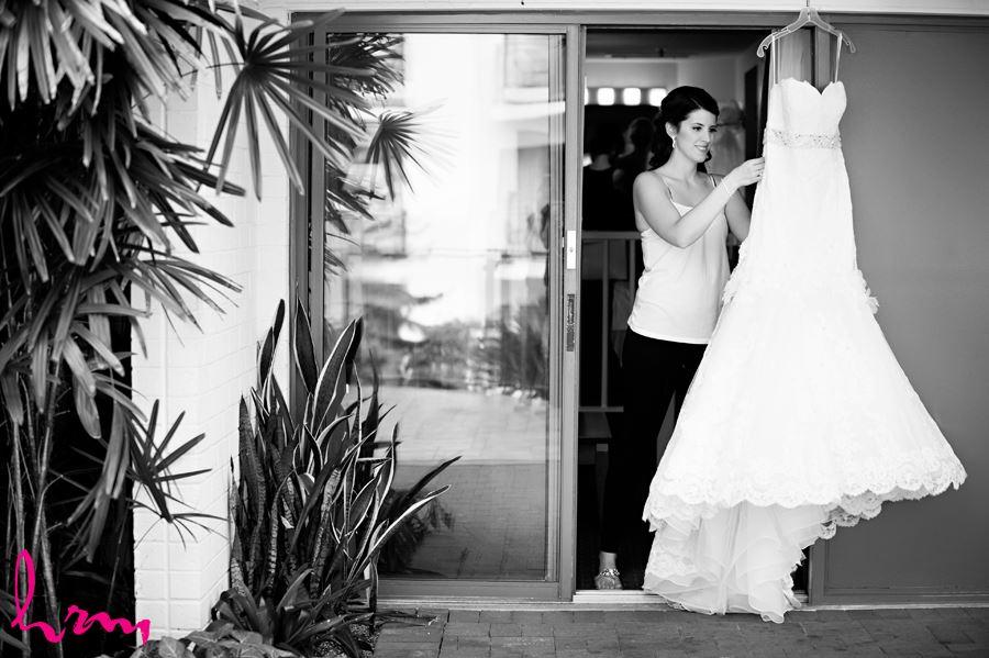 bride with dress outside best western lamplighter london