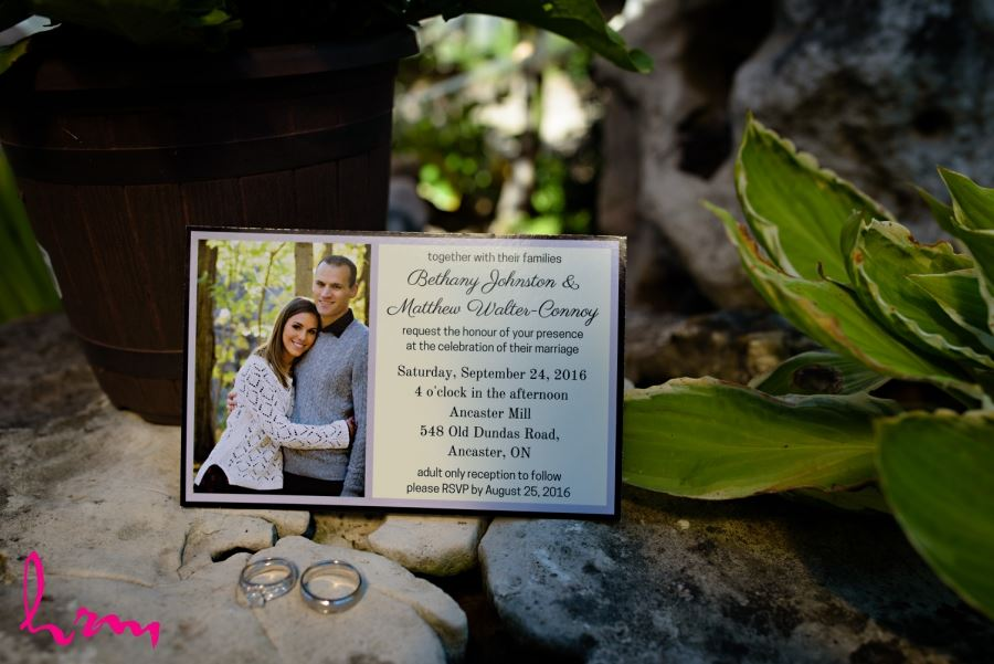 wedding invitation with wedding rings