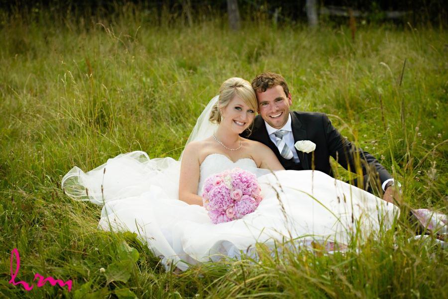 Bellamere Wedding London Ontario Couple in Field