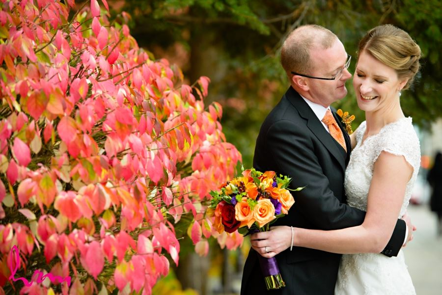 bride and groom fall colour burning bush