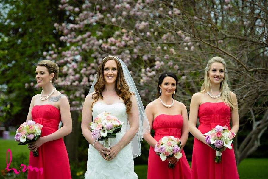 bride and bridesmaids red pink and white wedding