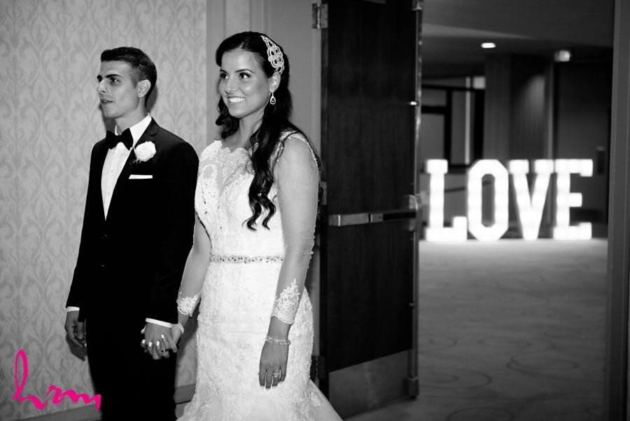 love marquis light sign