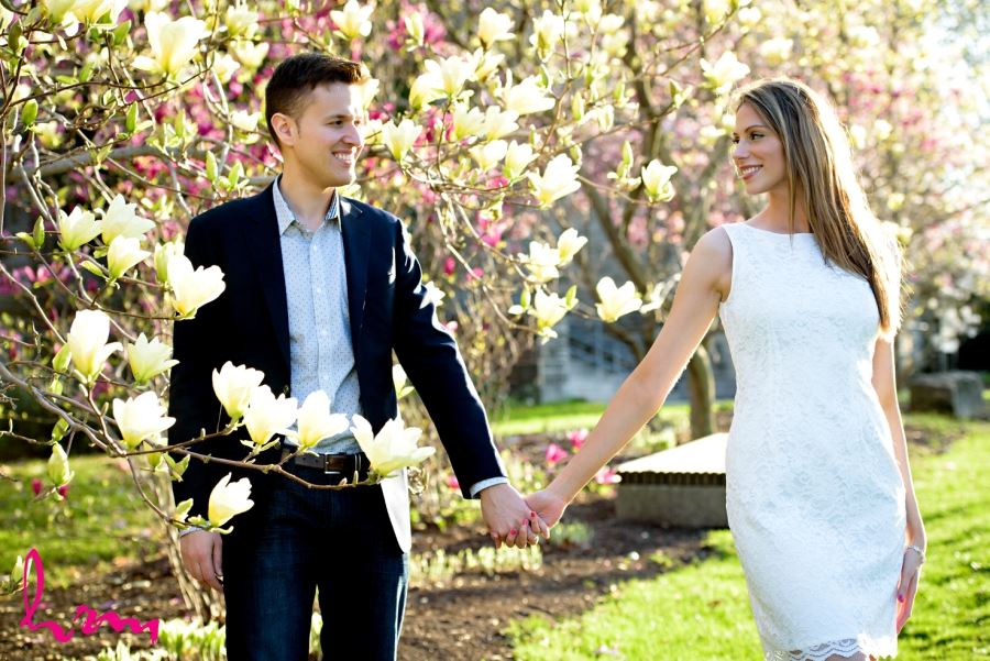 London Ontario spring engagement session magnolia blossoms