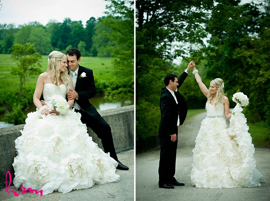 Wedding photos of bridge and groom outside