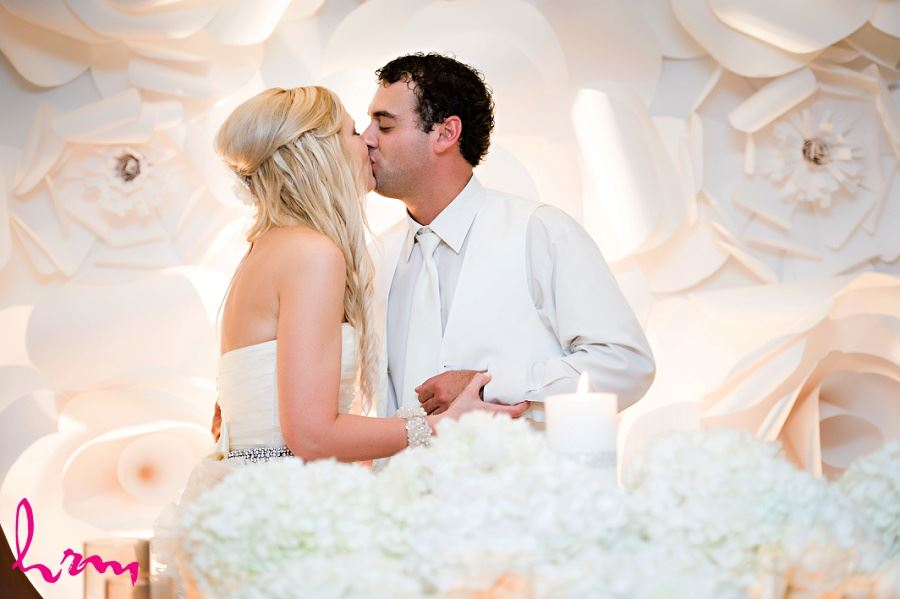 Ania and Ken kissing taken by London Ontario wedding photographer
