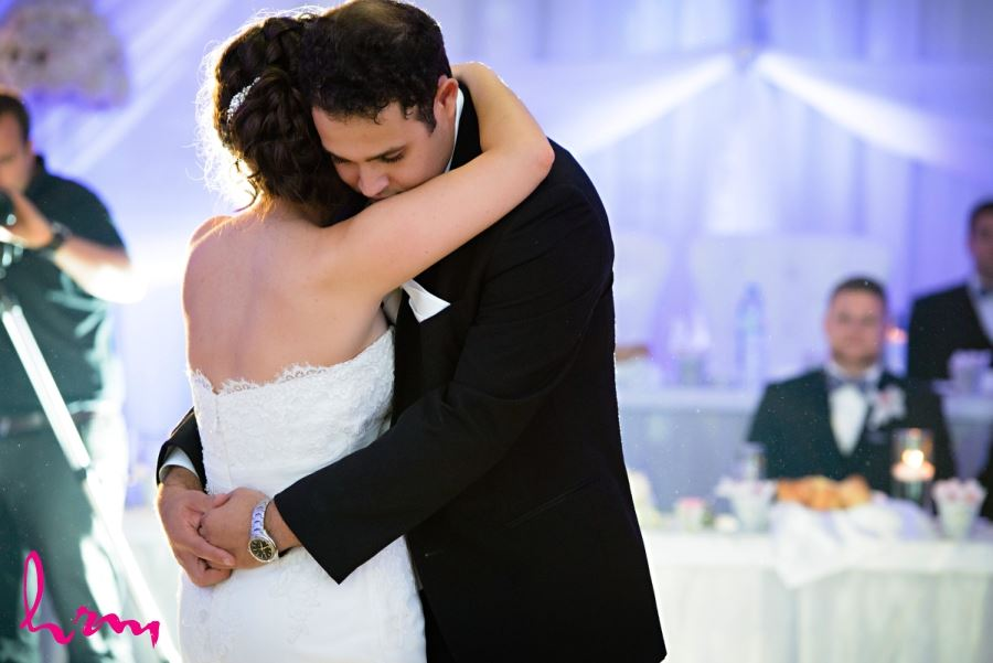 beautiful first dance shot