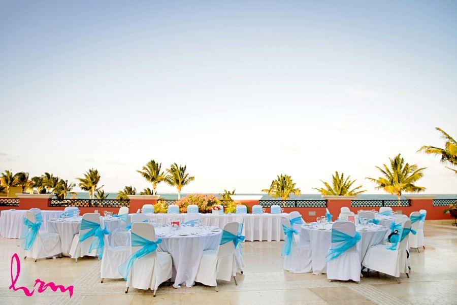 Reception decor destination wedding Ocean coral and Turquesa - Puerto Morelos, Mexico