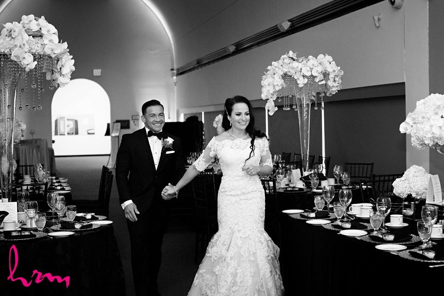 Black and white photo of Lauren and Jose in Museum London London ON Wedding HRM Photography