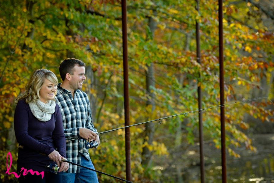 engagement session autumn fall fishing
