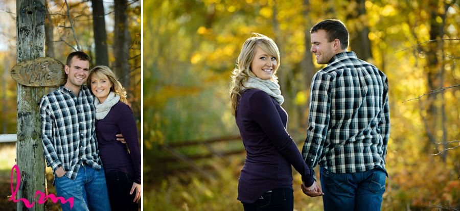 Fall engagement session clothing inspiration plum sweater scarf