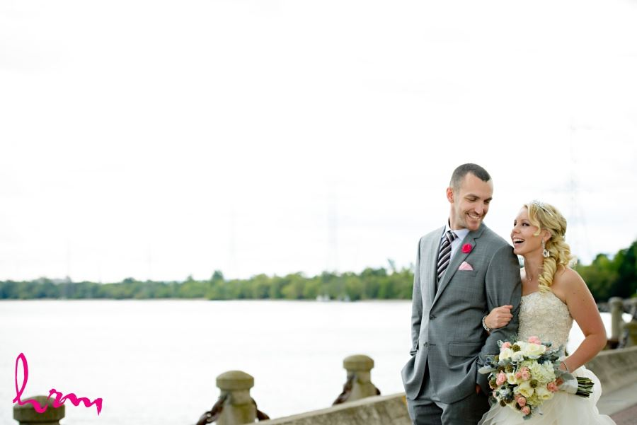 Burlington Ontario waterfront wedding pictures