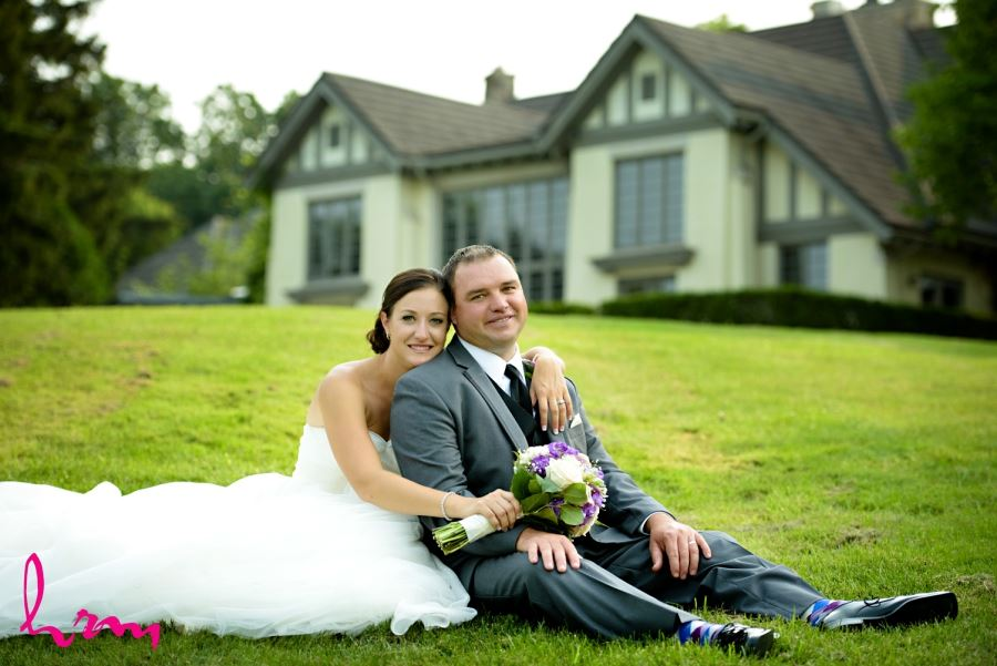 bride and groom in front of windermere manor london ontario